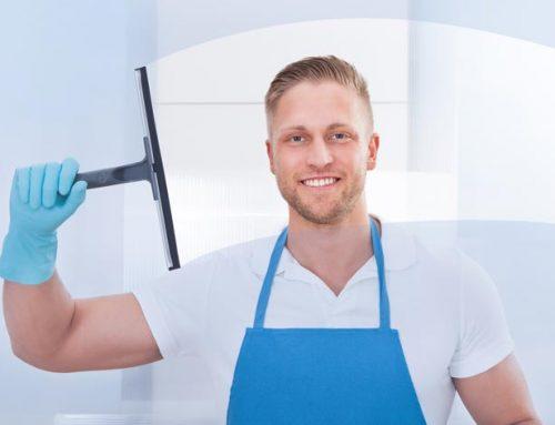 zu strahlenden Fenstern mit den Fenster Reinigungstips vom Profi